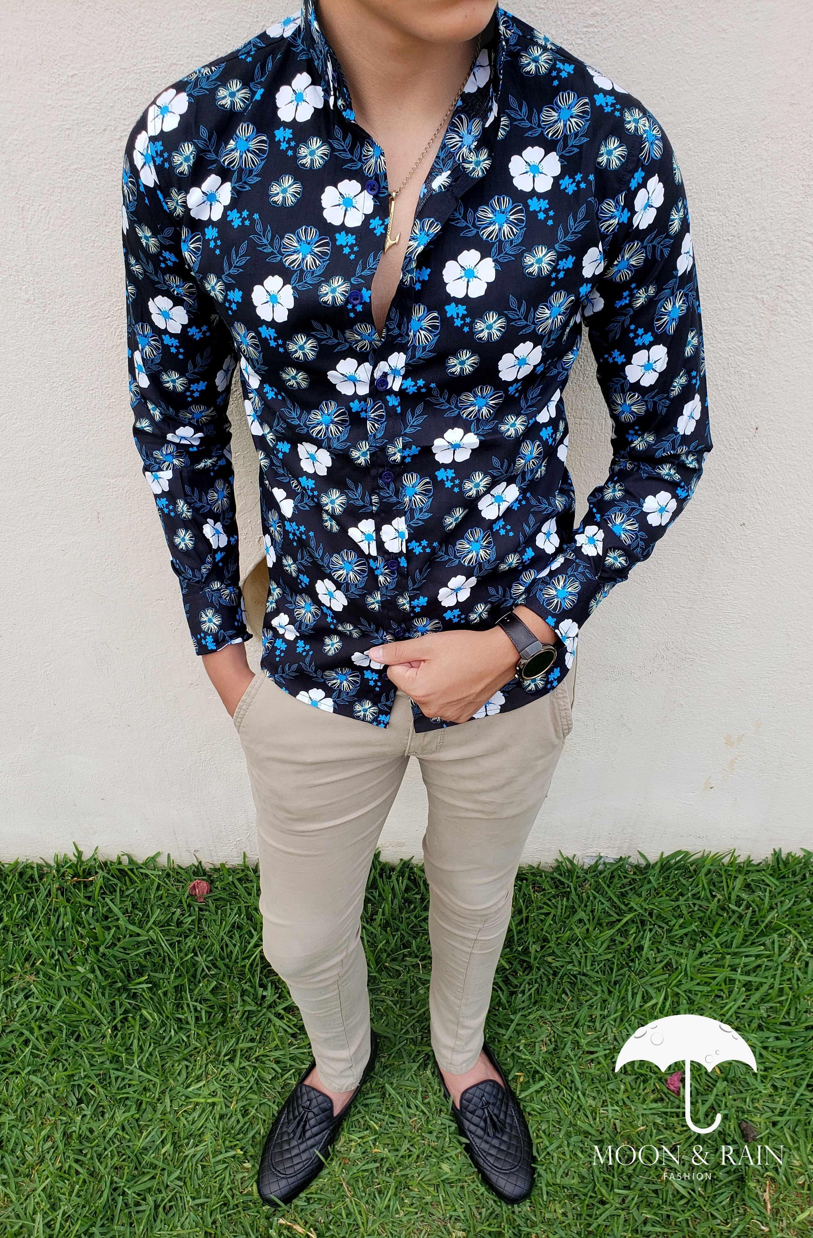 f64f1b5b28 Camisa slim fit negra para hombre de flores blancas