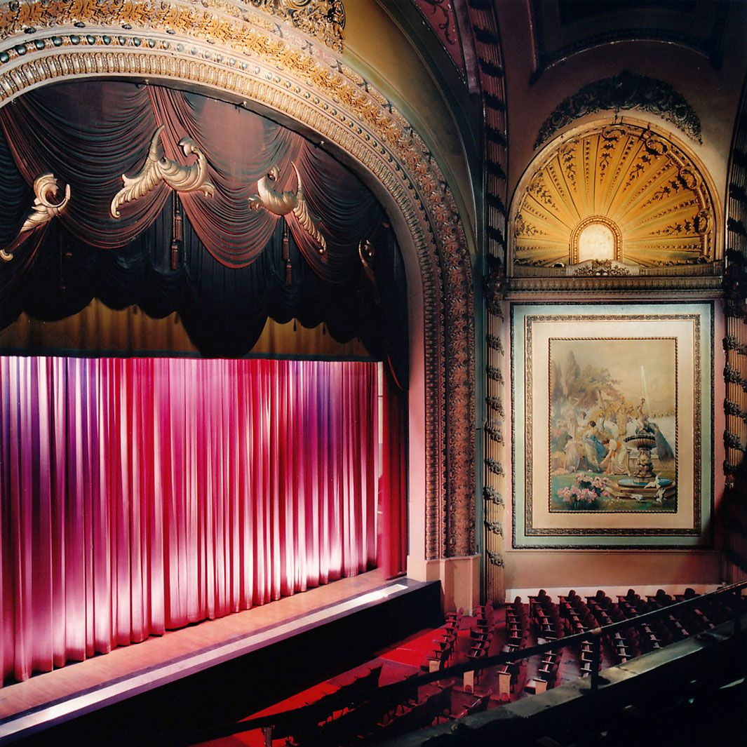 America S Vanishing Historic Movie Theaters Movie Theater Cinema Architecture Theater Architecture