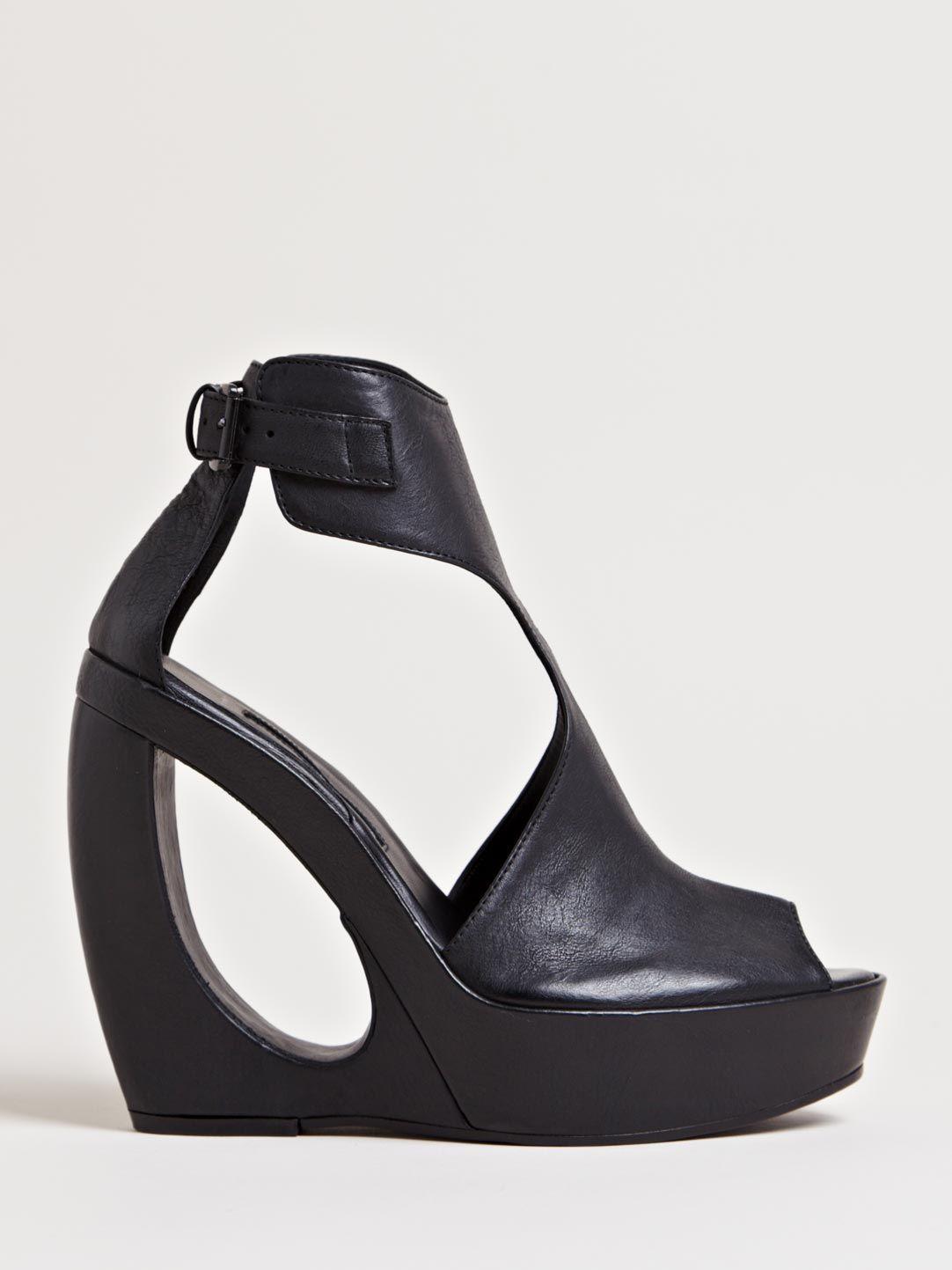 Ann Demeulemeester Women s Curved Vitello Heels  c52a253ae2
