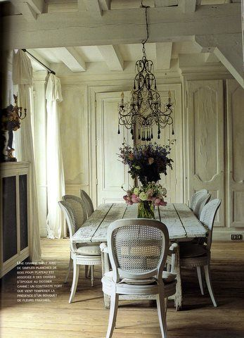Barn Wood Floor Exposed Beamed Ceiling And A Simple Style For Moulding Trim Like In This Farmhouse Dining Room As French Country Chic