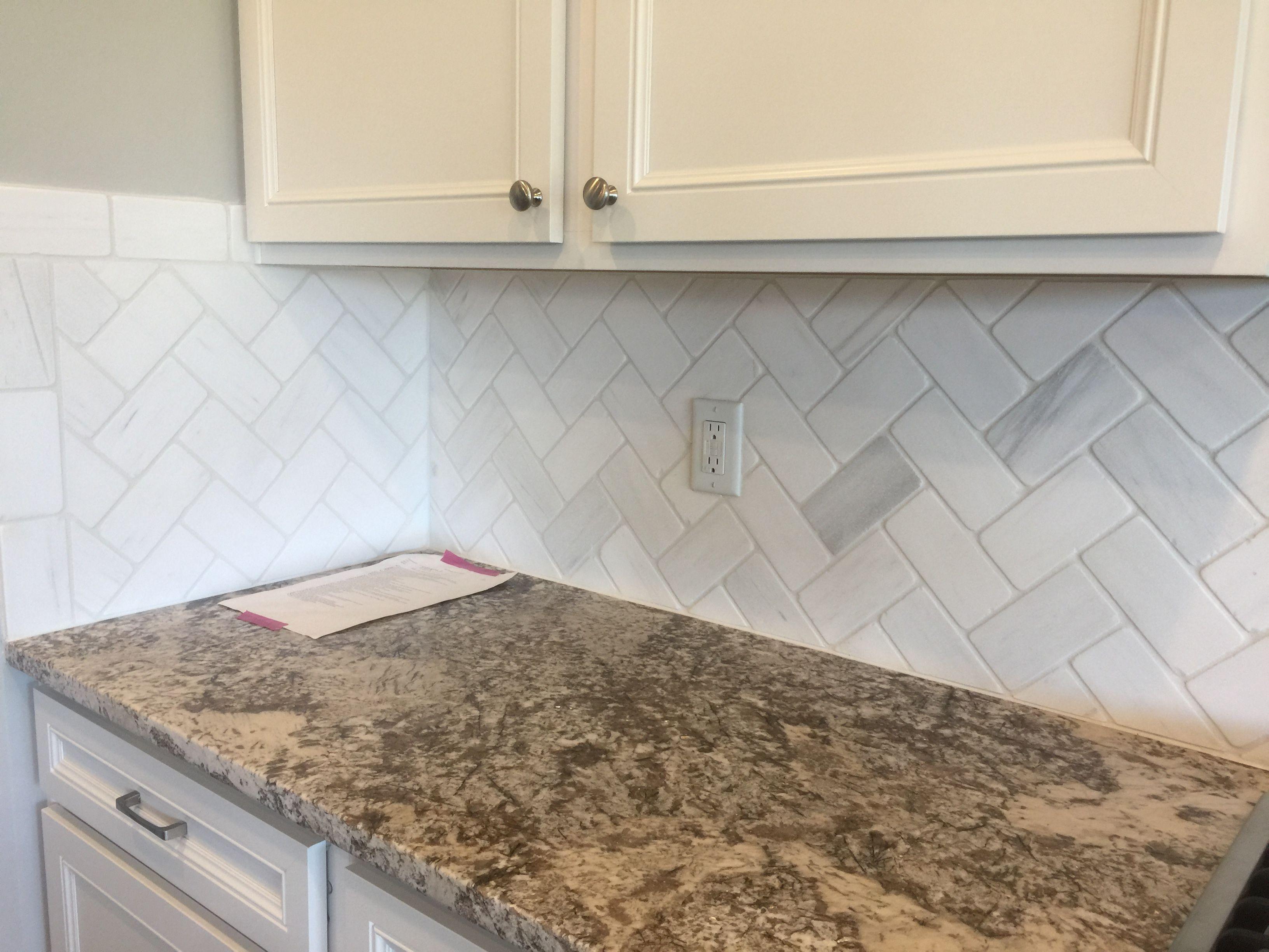 Marble Contempo White Tumbled 3x6 Backsplash Tile In Herringbone Pattern 3x6 Herringbone Backsplash Herringbone Tile Marble Herringbone Tile