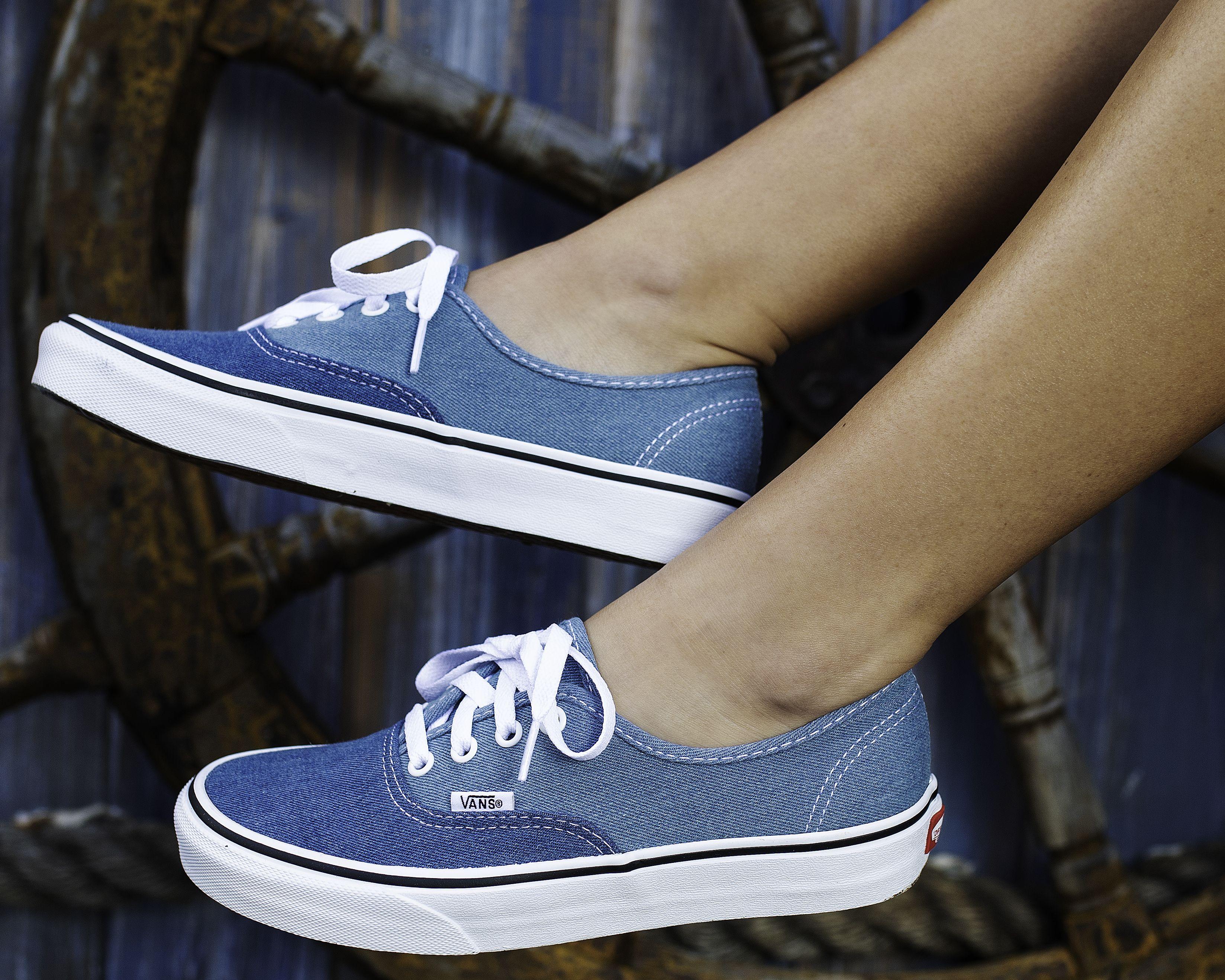 97cffc82d21edb Vans Womens Authentic Shoes