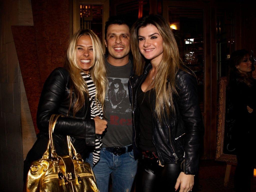 Foto com o @oceara e com Mirela AMO #ADOOOOORO #Look