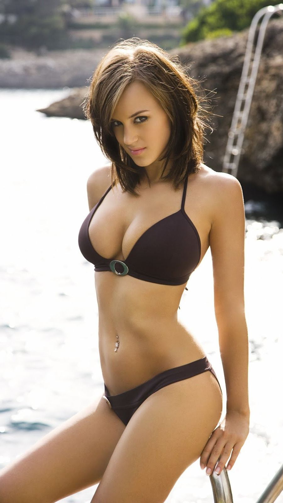 Rosie-Jones-Bikini-Girl-iPhone-Wallpaper | iPhone ...