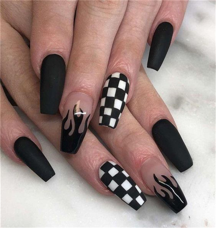 25 Amazing And Stunning Black Nail Designs You Nee