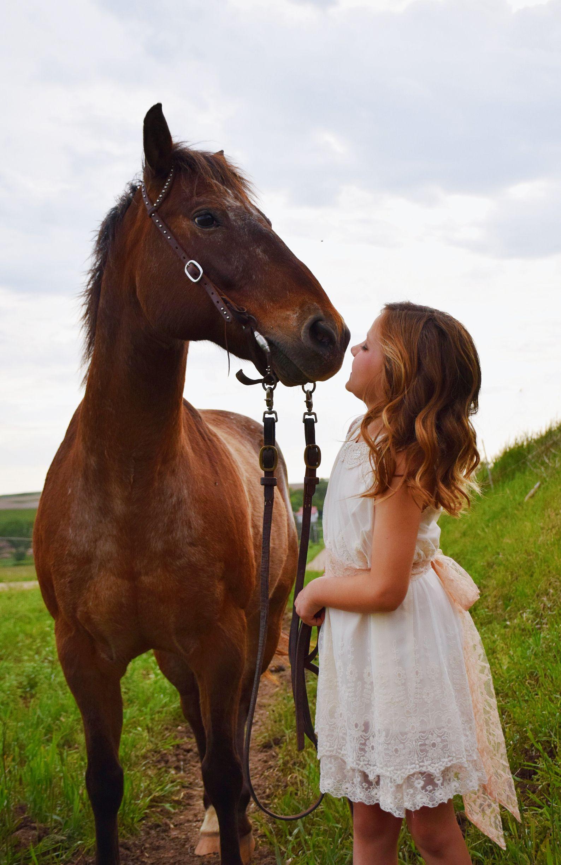 Little Girl Horse photo shoot | Horse breeds, Horses