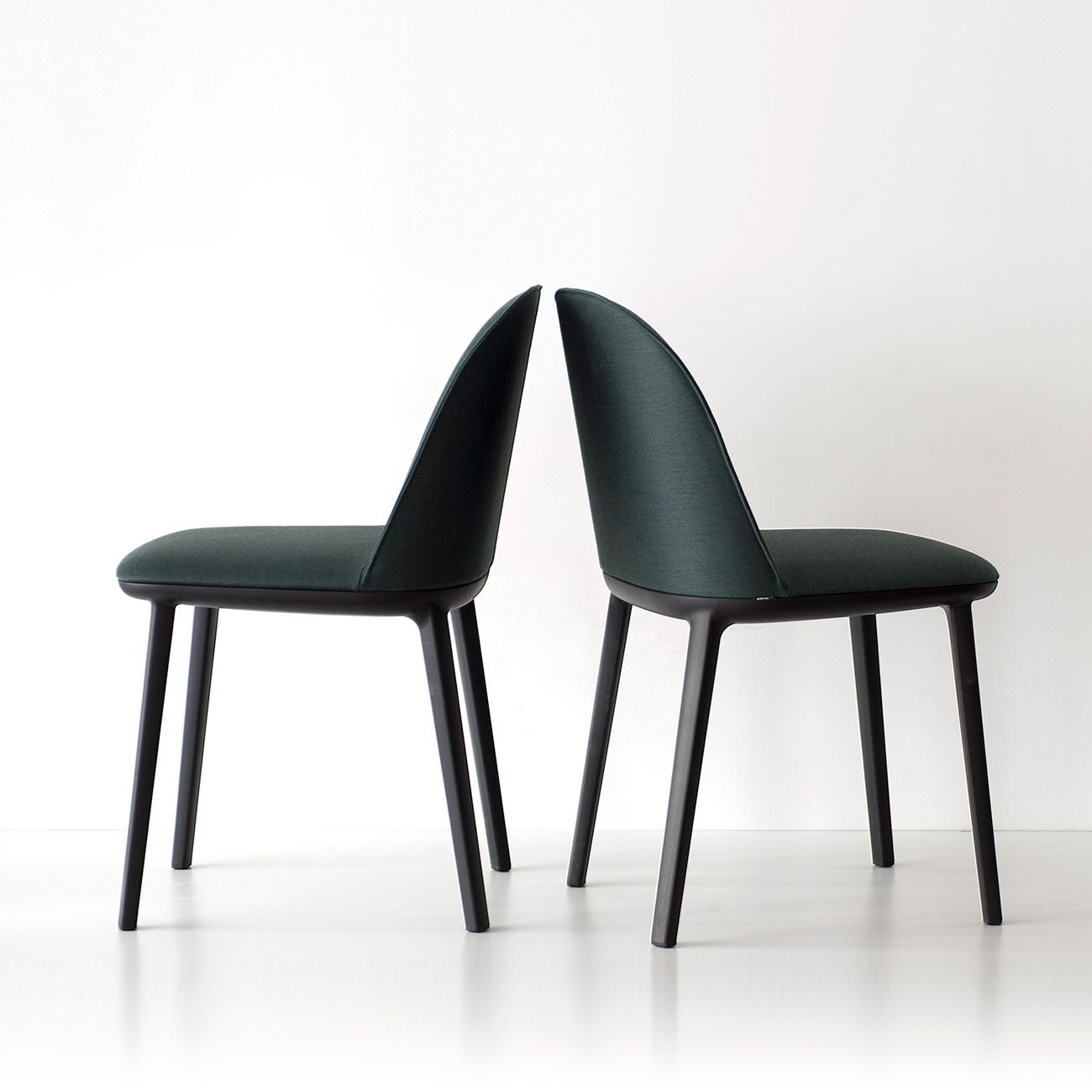 softshell side chair de ronan erwan bouroullec para. Black Bedroom Furniture Sets. Home Design Ideas