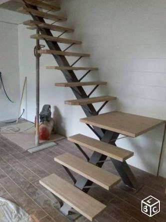 Image result for interior single tread metal stairs Escalera
