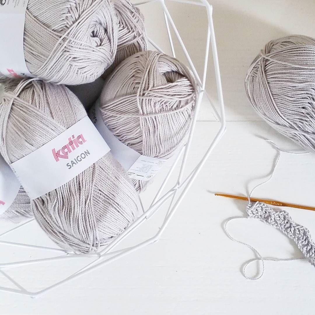 New project crochet a summer cardigan  #crochet #crocheting #crochetcardigan #instacrochet #hekle #haken #hakeniship #katiasaigon #katia by astridverduin