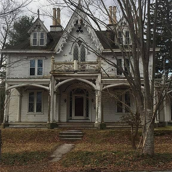 1845 Gothic Revival In Thompson Connecticut