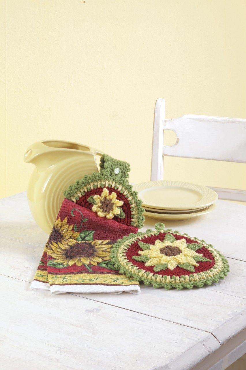 Crochet Towel Toppers and Potholders   Pinterest   Agarraderas, Baño ...