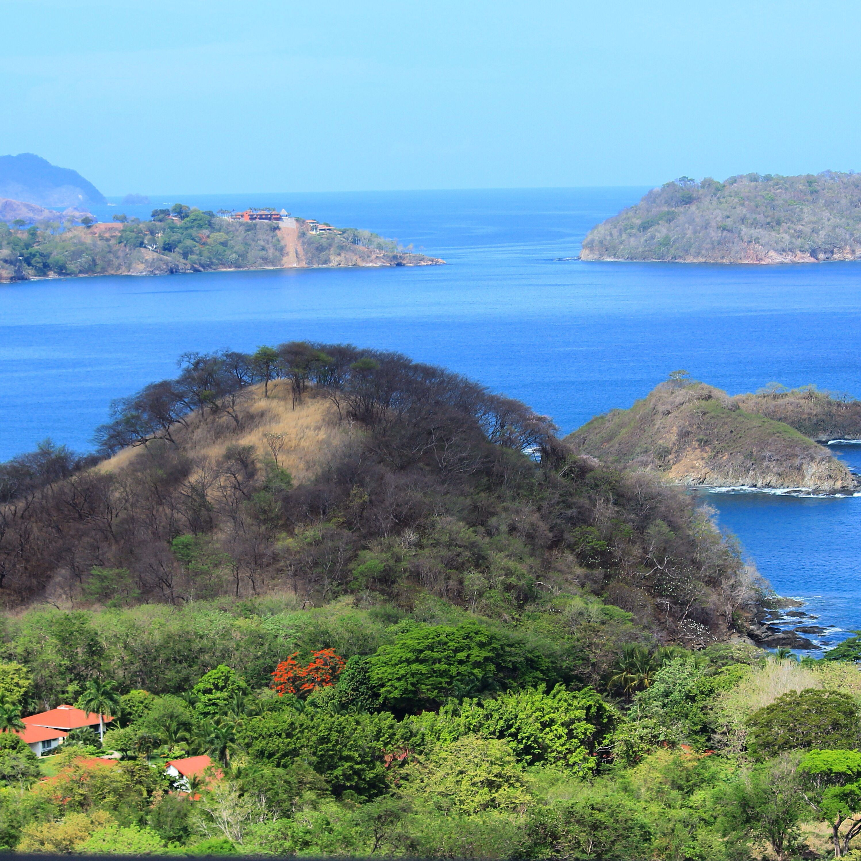 Imagine...enjoying this view while eating breakfast and planning your days adventures in Costa Rica