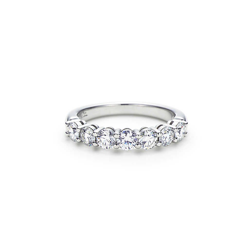 De Beers Platinum Forever diamond band - Unavailable o7ITu