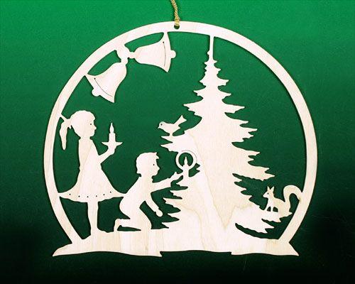 Fensterbild weihnacht kinder am baum stencils - Weihnachtsfenster vorlagen gratis ...