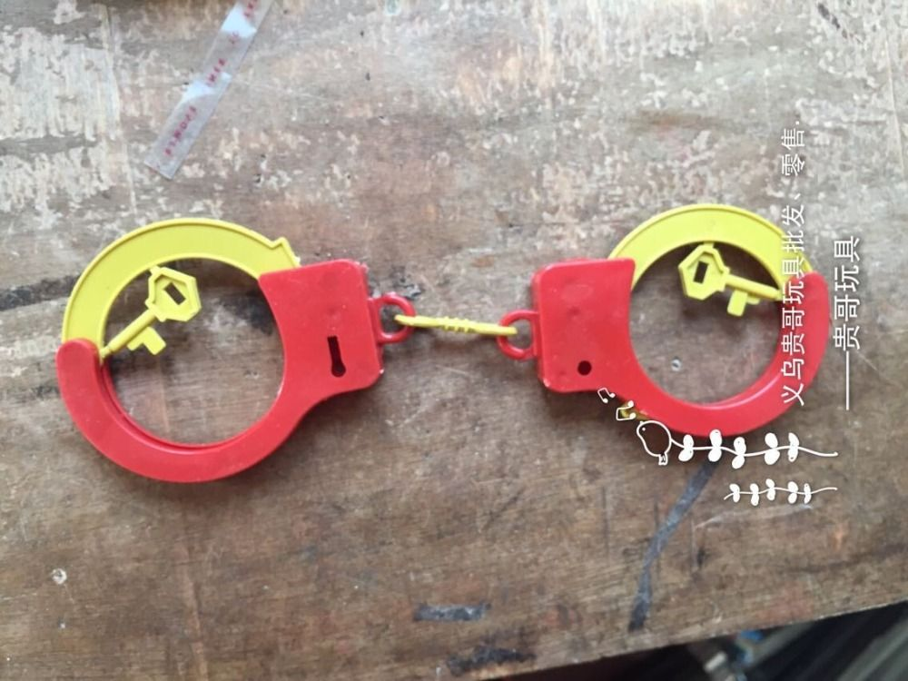Halloween Decoration Supplies Creative toys Handcuffs Halloween gift - halloween decoration kids