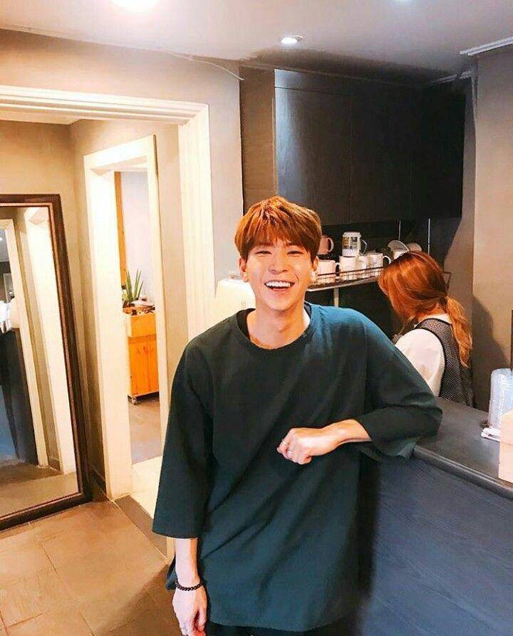 Vav St Van Kpop Guys Korean Idol Woo Young