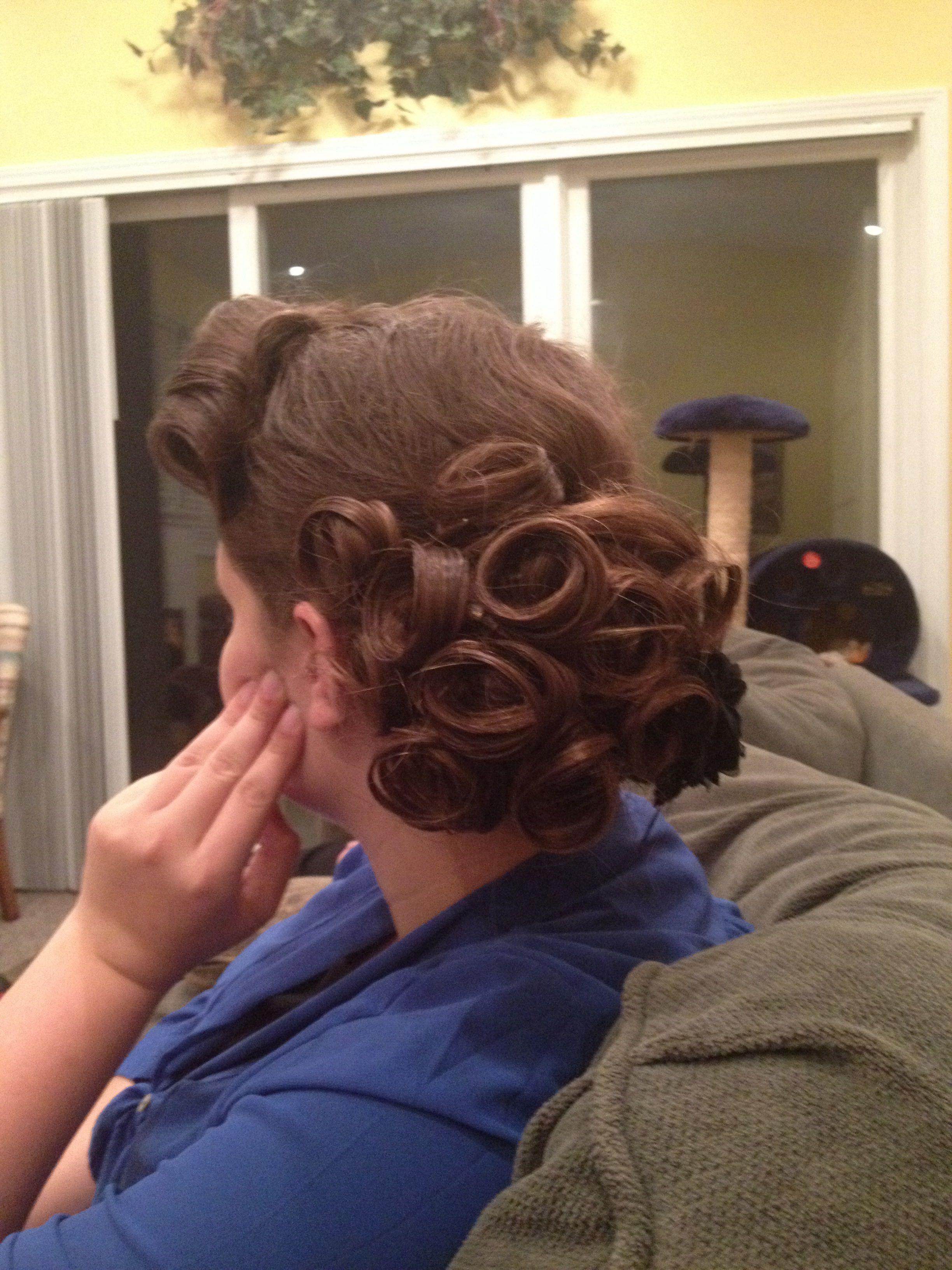 My bestfriend's hairstyle. Love it so cute.
