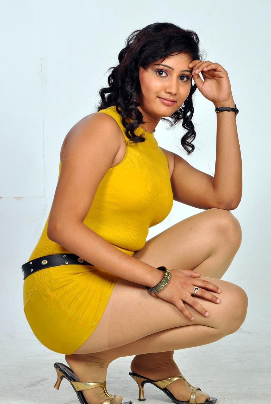 amrutha valli | tamil film glamours and actresses album by shishu