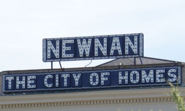 Newnan Georgia Meat N Greet Beautiful Homes The House From The Odd Life Of Timothy Green Newnan Newnan Georgia Newnan Ga