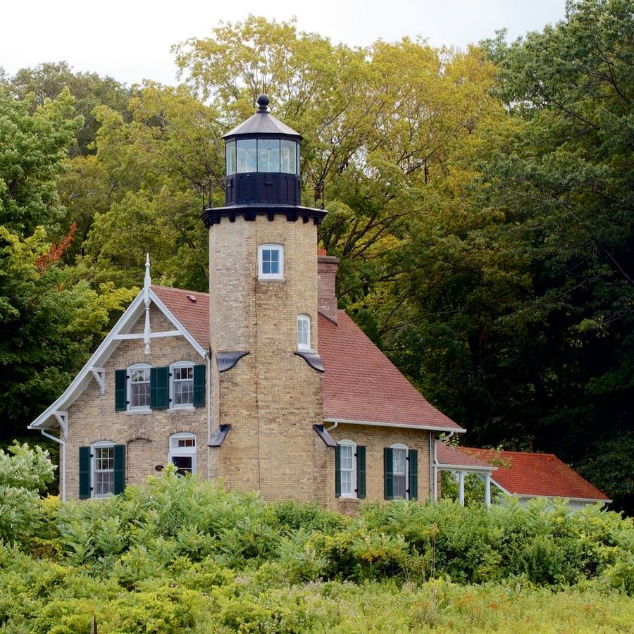 Built In 1875 By Captain William Robinson The White River Light Station Now Serves As A Physical Reminder Of T With Images Lake Lighthouse Beautiful Lighthouse Lighthouse
