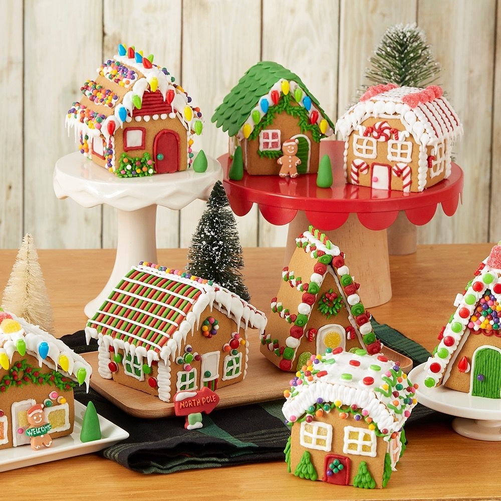 Pin by Sherie Smith on Gingerbread Houses | Mini ...