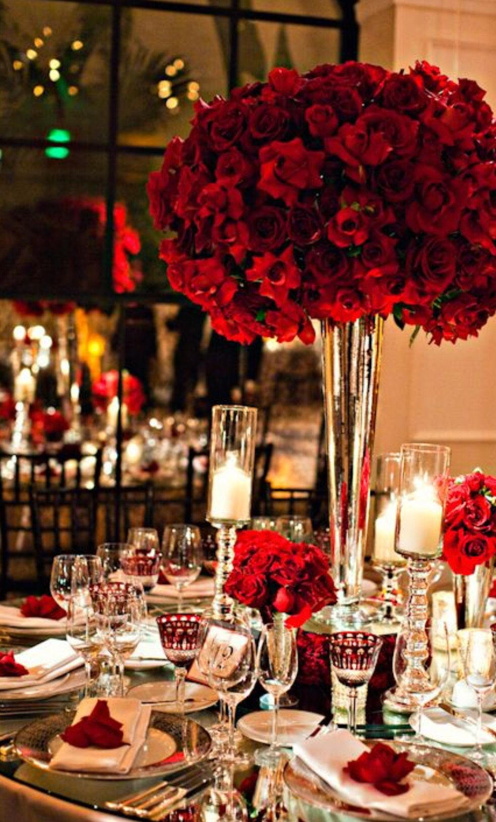 Red winter wedding Red wedding theme, Hollywood wedding