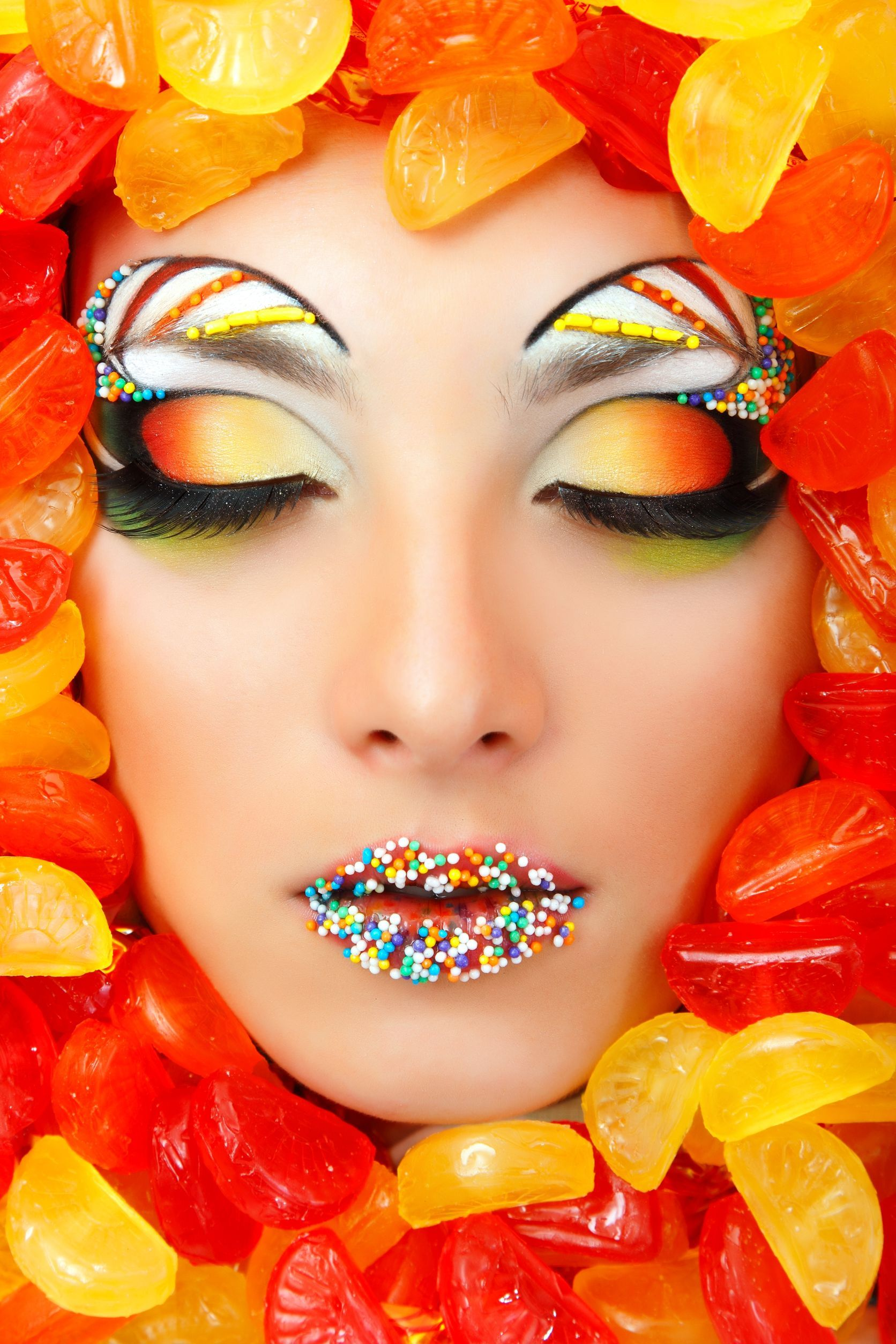 Candy Lips. Sunset eyes, Circus Brows
