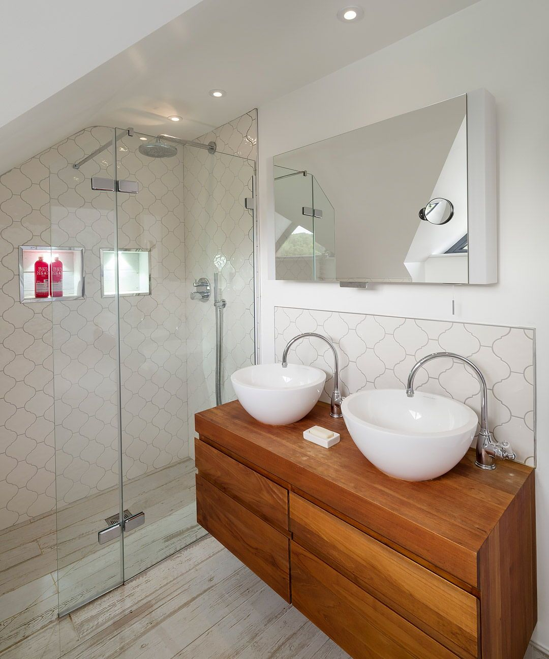 His And Her Sinks In Bathroom Building Your Own Home And The Cost