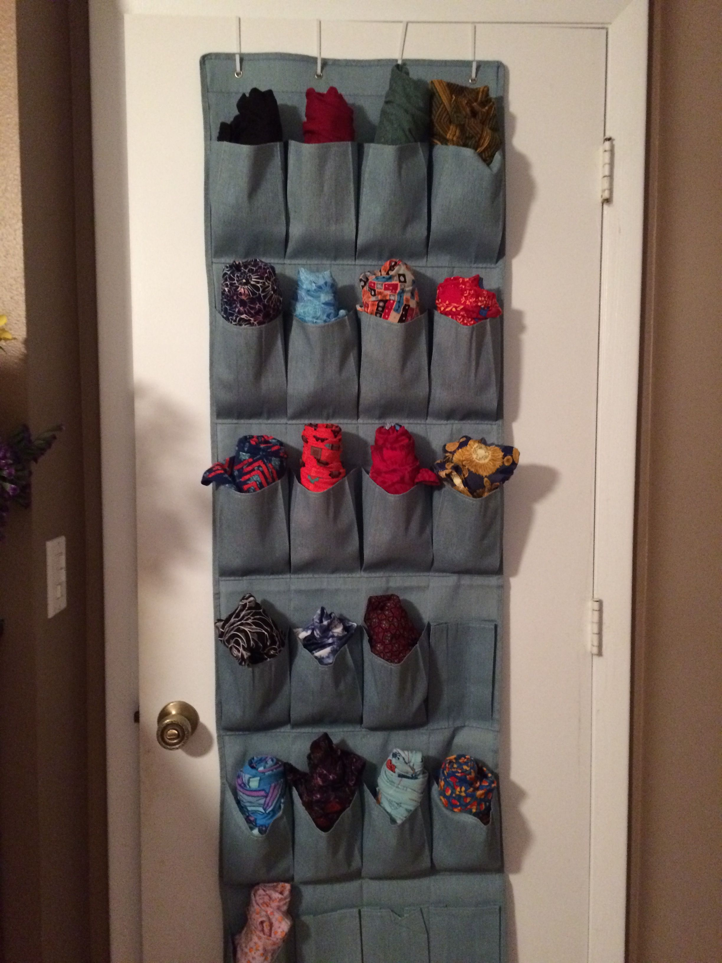 e6ed5d47a08709 A great way to store your LuLaRoe leggings | organization | Home ...