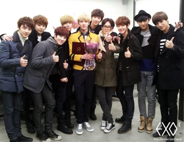 [TRANS/OFFICIAL] 130207 EXO-K Weibo Update on Sehun's Graduation    Today is EXO's maknae Sehun's high school graduation; we sincerely thank everyone who gave their congratulations!    Source: EXO-K (http://www.weibo.com/exok)