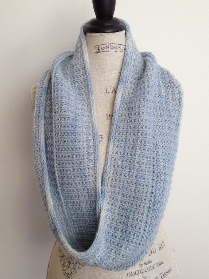 New Street Knitter Commuter Moebius Knitting PDF Pattern