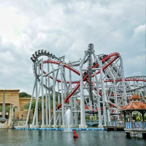 Hands Down Our Favourite Rollercoasters The Battlestar Galactica At Universal Studios Singa Universal Studios Singapore Amusement Park Rides Universal Studios