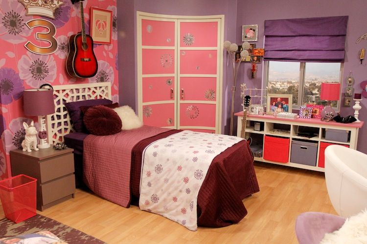 Get China and Olive\'s F-ANT-astic Room From \'A.N.T. Farm ...