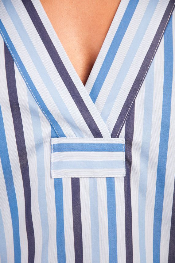 Stylish and appealing pajama set made of striped cotton. This buttonless  shirt has a loose bb0825836
