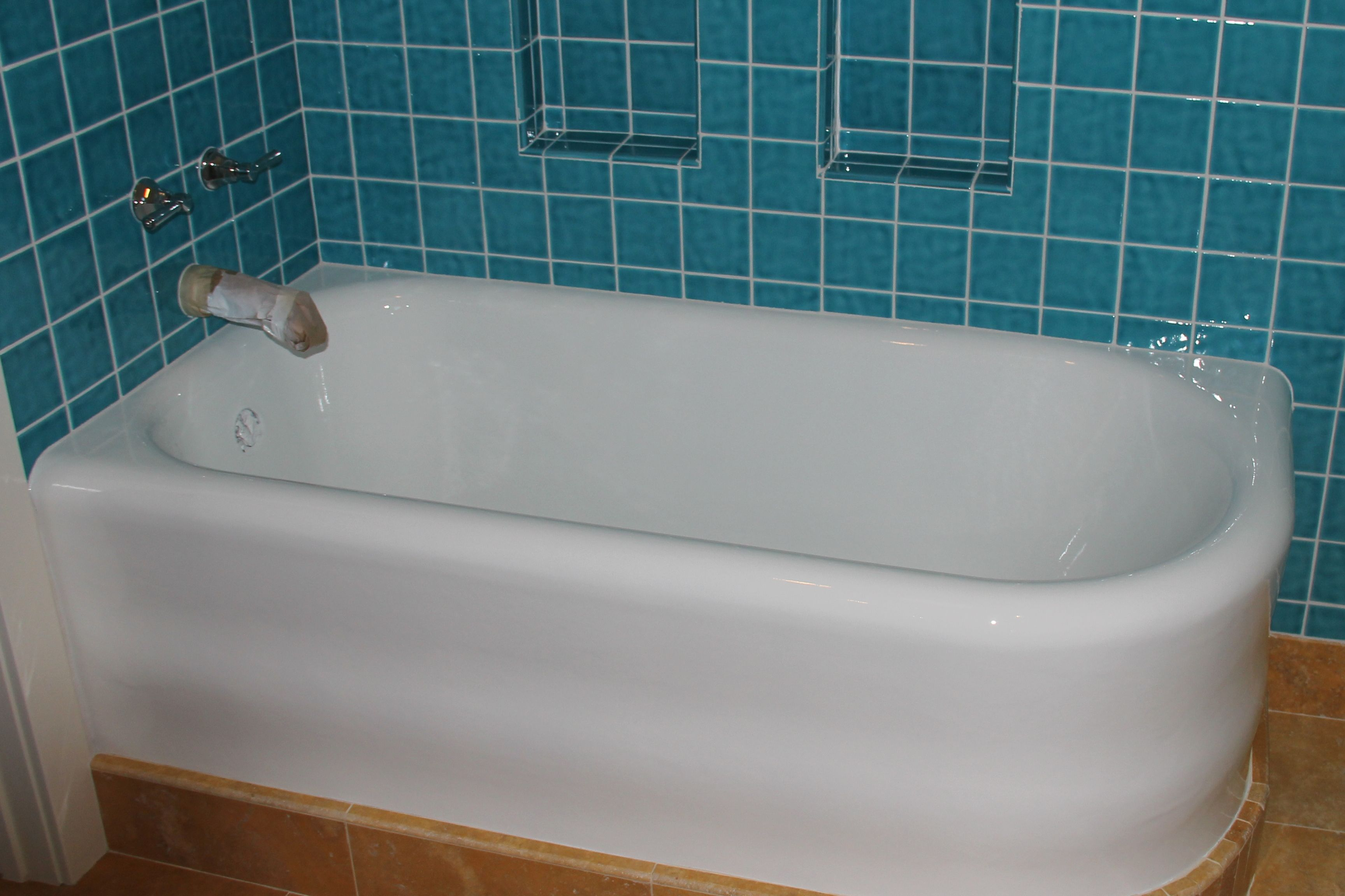 An old cast iron tub that was refinished by Michael from Bathcrest ...