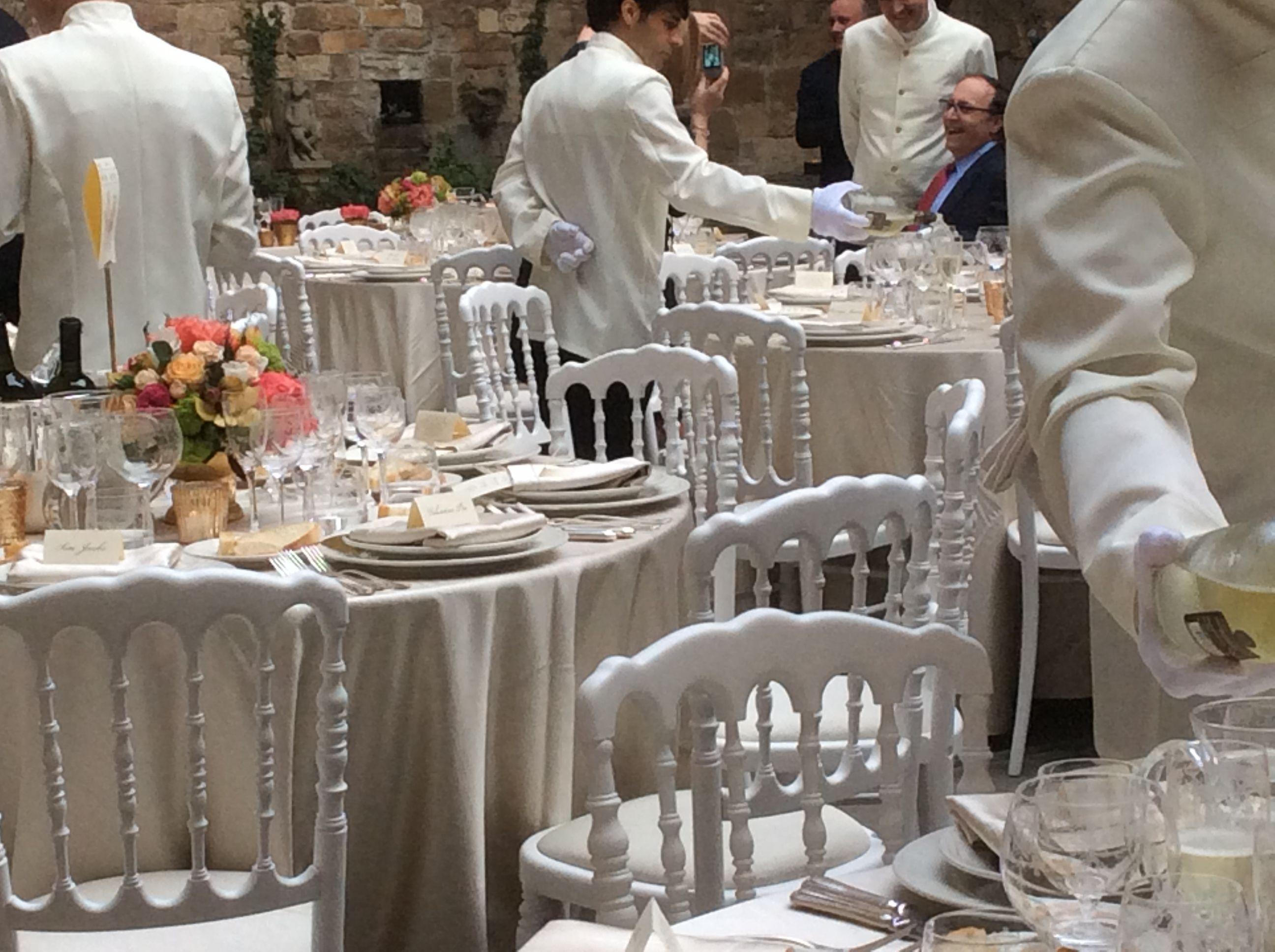 Serve The Wine From Castello Di Vincigliata Vermentino