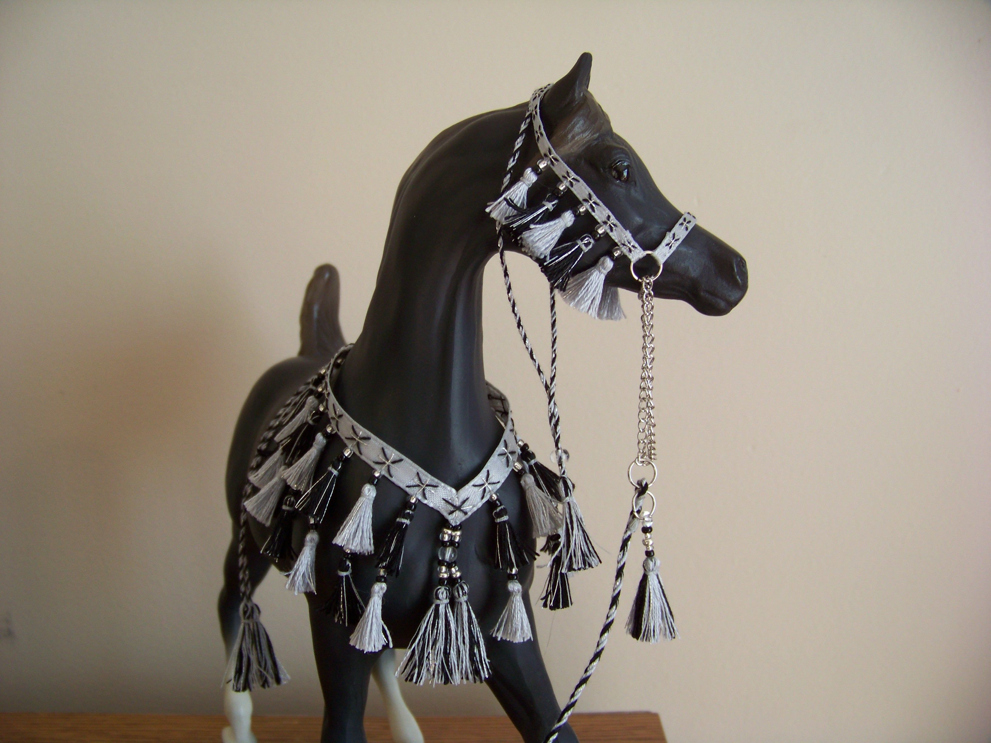 Breyer Peter Stone custom halter five Arabian beads