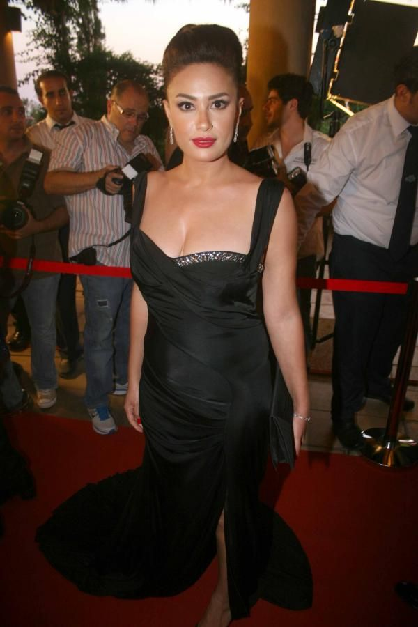 Hend Sabry At Lebanese Murex D Or Festival Arab Celebrities Fashion Formal Dresses