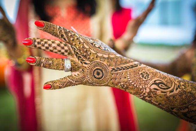 Book Knot Planner Mehendi Artist For Your Wedding Kolkata S Best Mehndi Artist Mehndiartist Bridalm Bridal Mehndi Mehndi Designs Full Hand Mehndi Designs