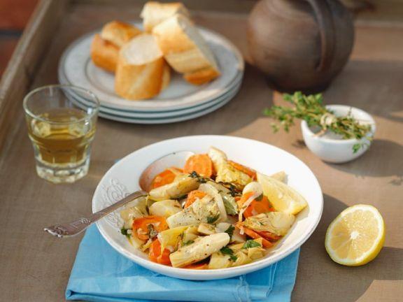 Gemüseeintopf ist ein Rezept mit frischen Zutaten aus der Kategorie Blütengemüse. Probieren Sie dieses und weitere Rezepte von EAT SMARTER!