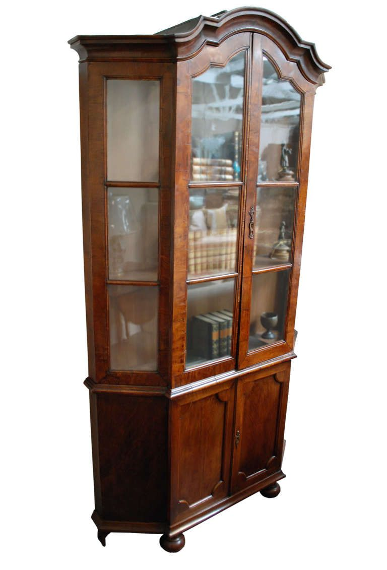 18th Century Dutch Walnut Display Cabinet 5 575 50