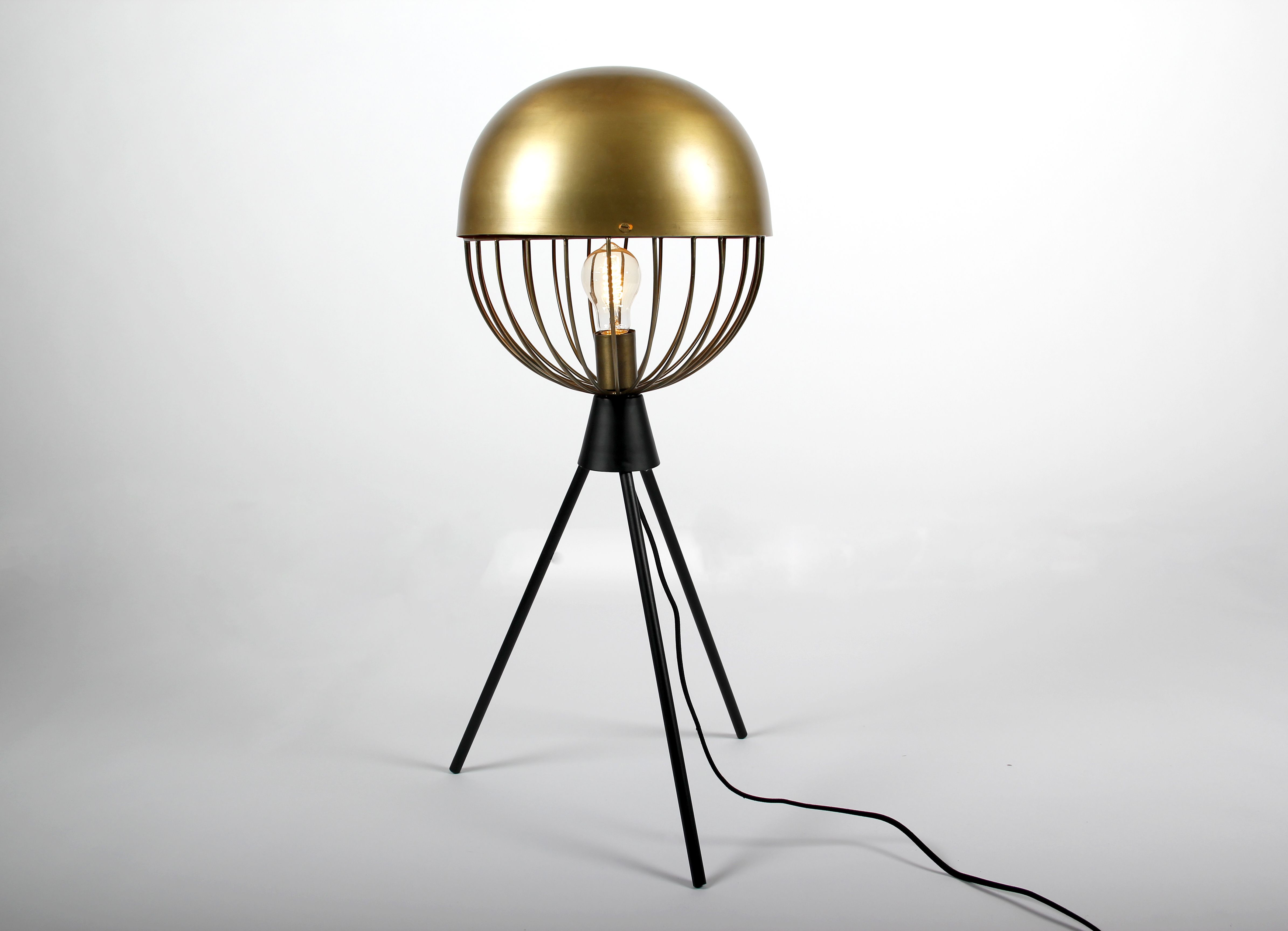 lampe poser industrielle sphere dor e luminaires d co pinterest industriel luminaires. Black Bedroom Furniture Sets. Home Design Ideas