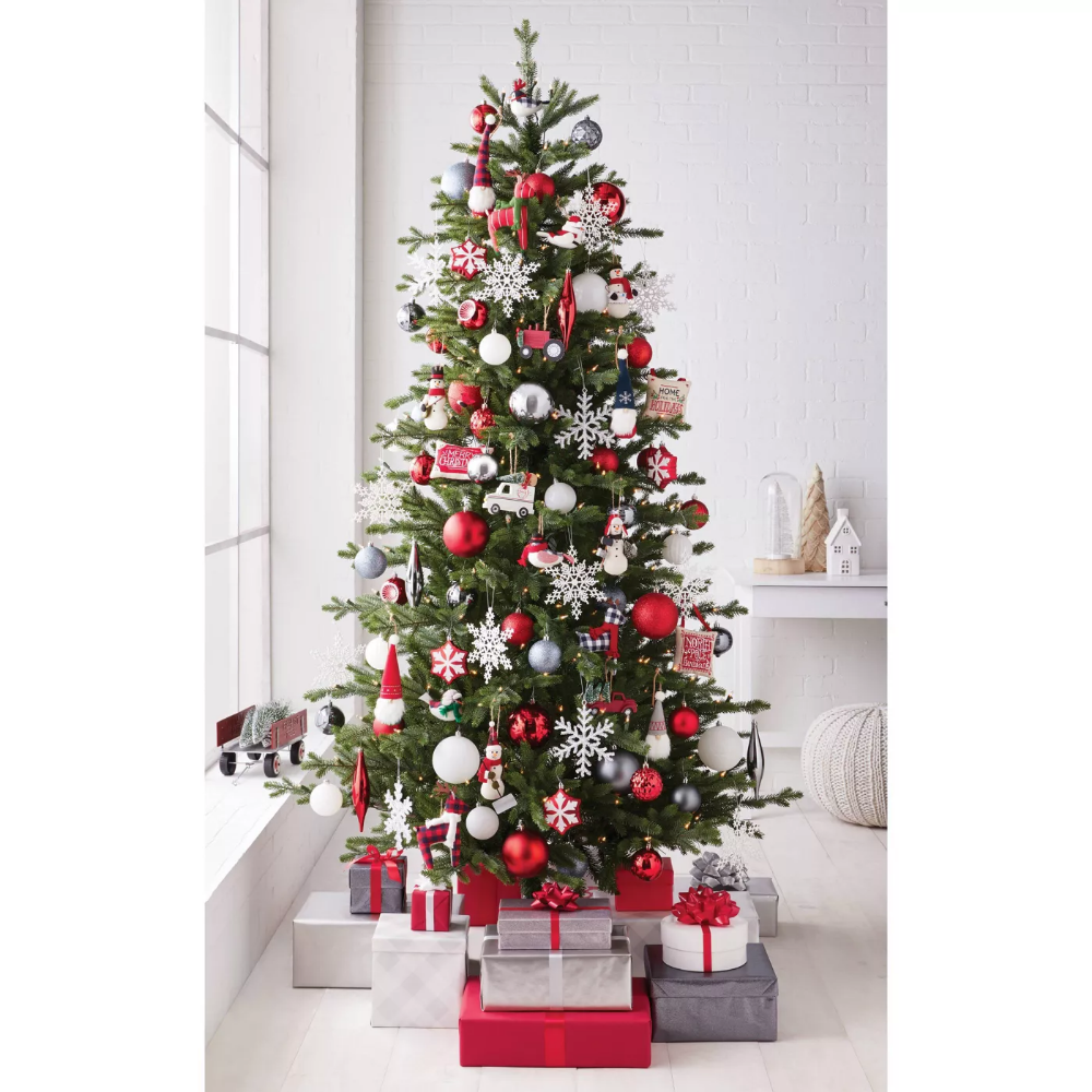 85ct North Pole Farmhouse Christmas Ornament Set
