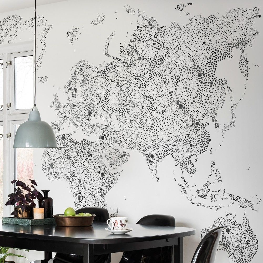 First large image of World map black