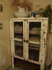 Exceptional 1920u0027s  1930u0027s Antique Vintage Pie Safe / Jelly Cabinet