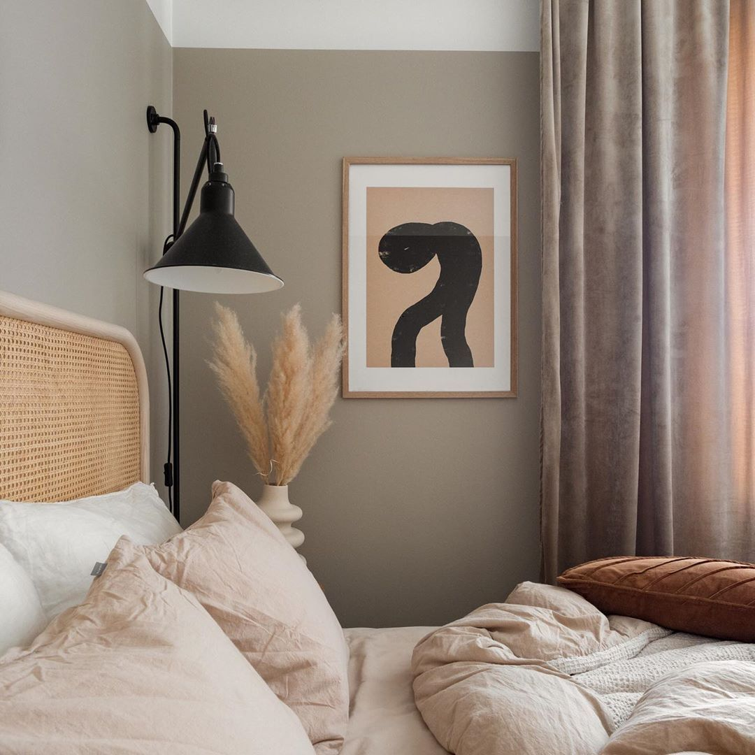 """Eleni on Instagram: """"Spotted: Abstract 332 art print in the gorgeous bedroom of @indivisualstyle 🤩 • #bedroomvibes #bedroomgoals #bedroominspo #bedroomstyling…"""""""
