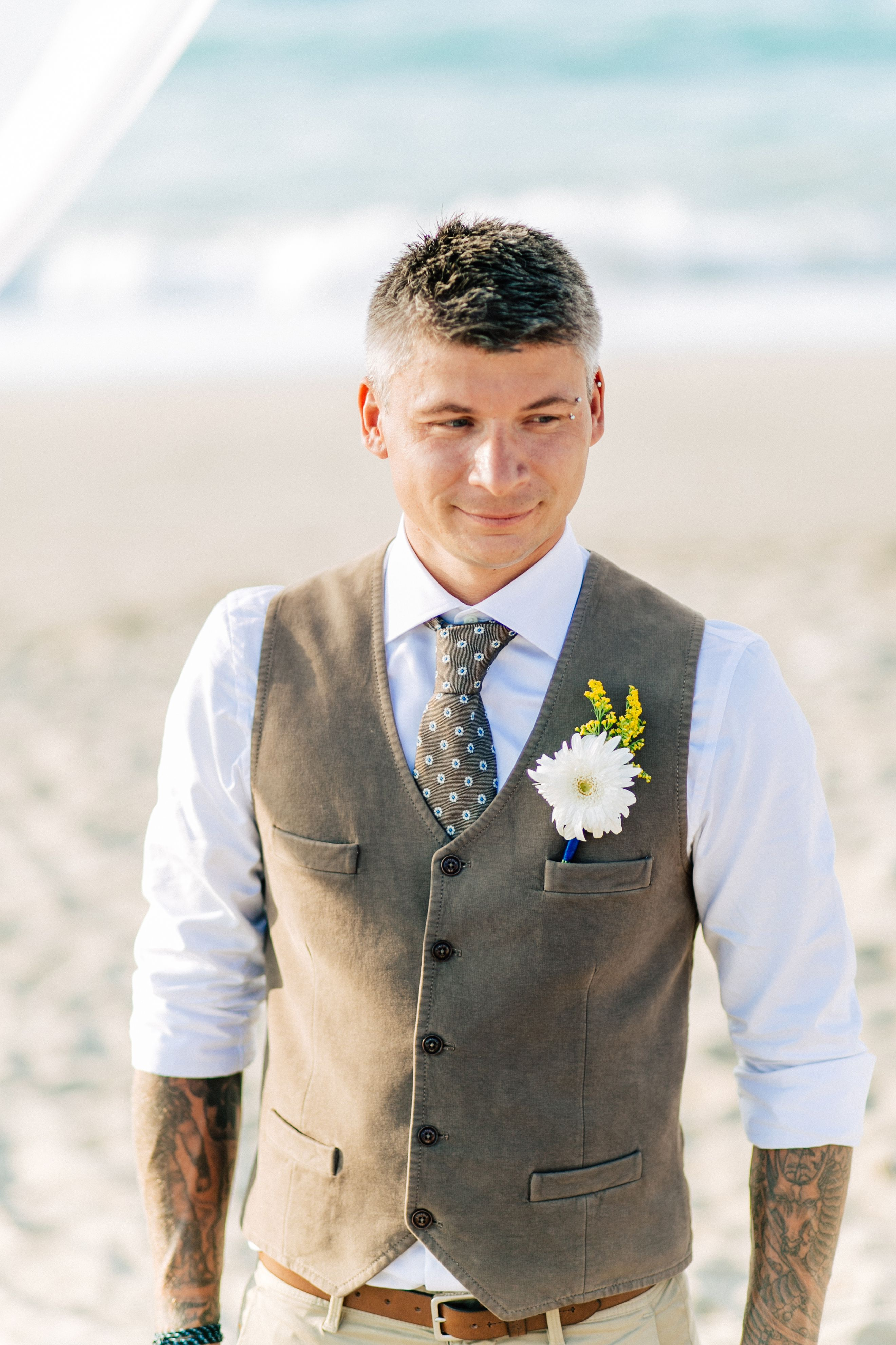 Wear to what wedding abroad