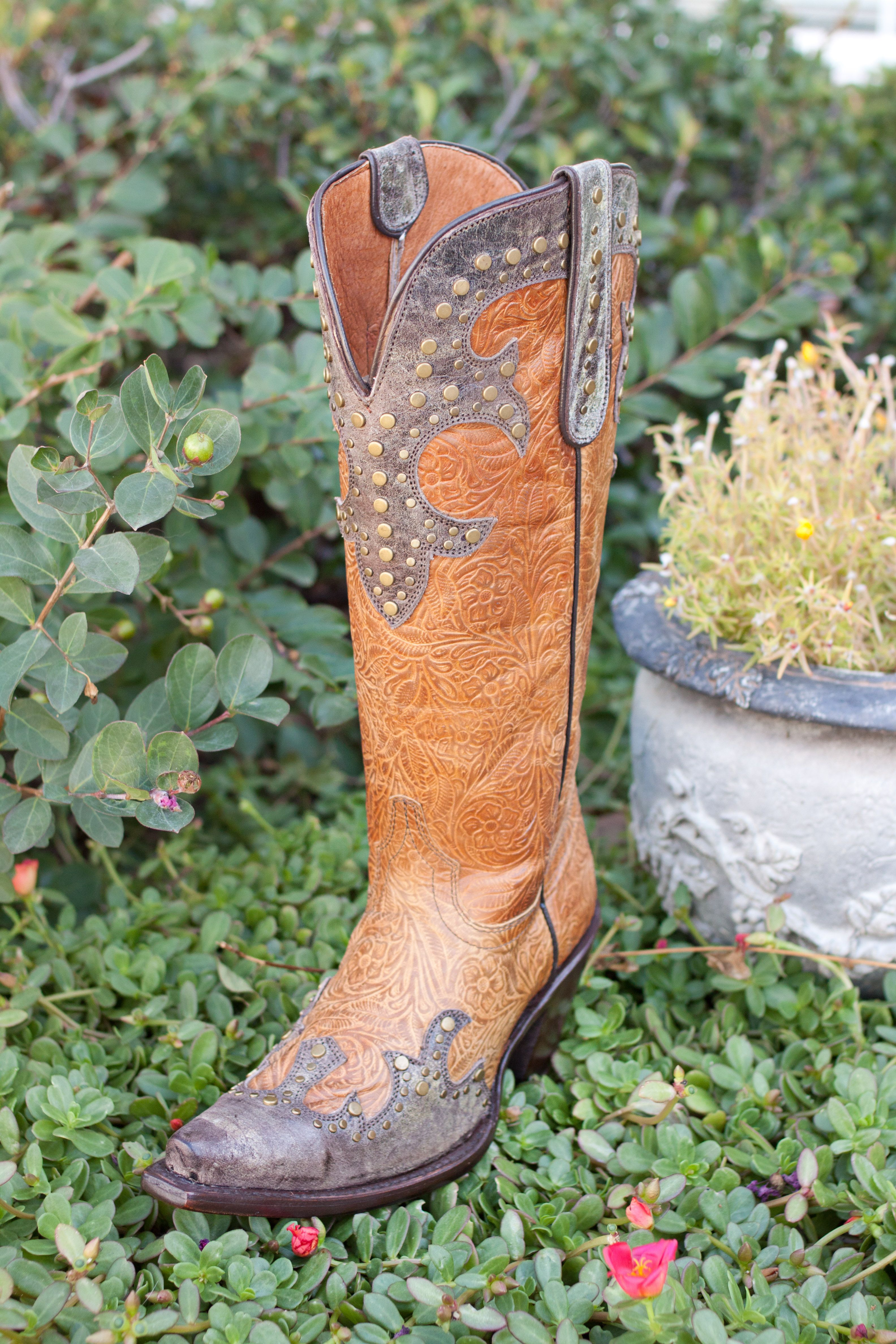 Park Art|My WordPress Blog_How Should Cowboy Boots Fit In The Toe