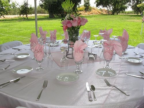 Small Budget Wedding Decorations to Help You Cut Expenses in Your Wedding