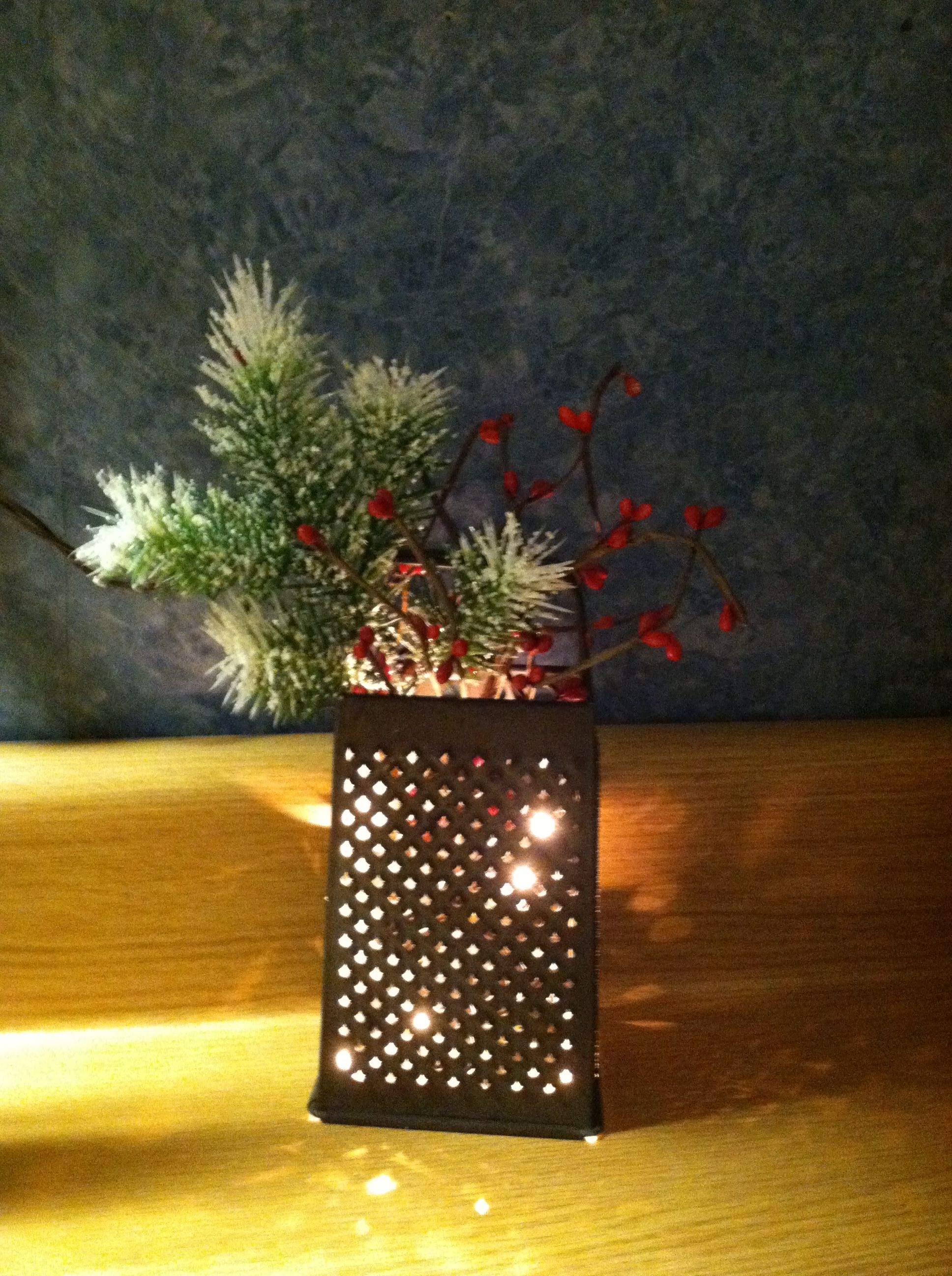 primitive christmas crafts #christmascrafts #christmas Old Grater